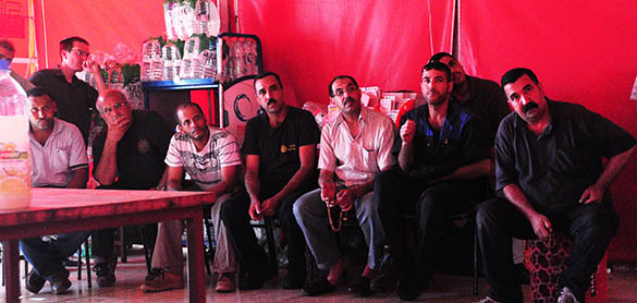 In what can be seen as an important initial gain for Palestinian workers working in the Settlements and the independent Union Centre WAC MAAN, it was agreed today to start negotiations in the Zarfati Garage in Mishor Adumim and so the planned strike was canceled.